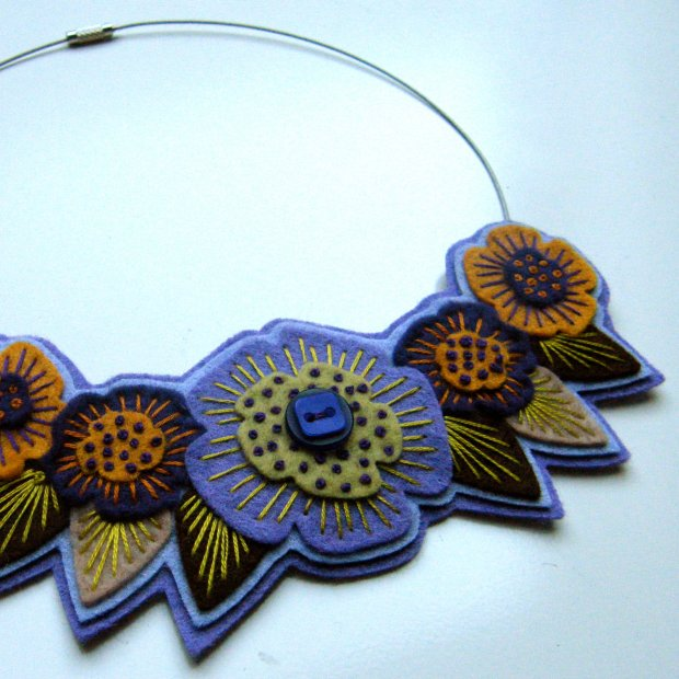 FELT NECKLACE with freeform embroidery on co-ordinating wire necklace