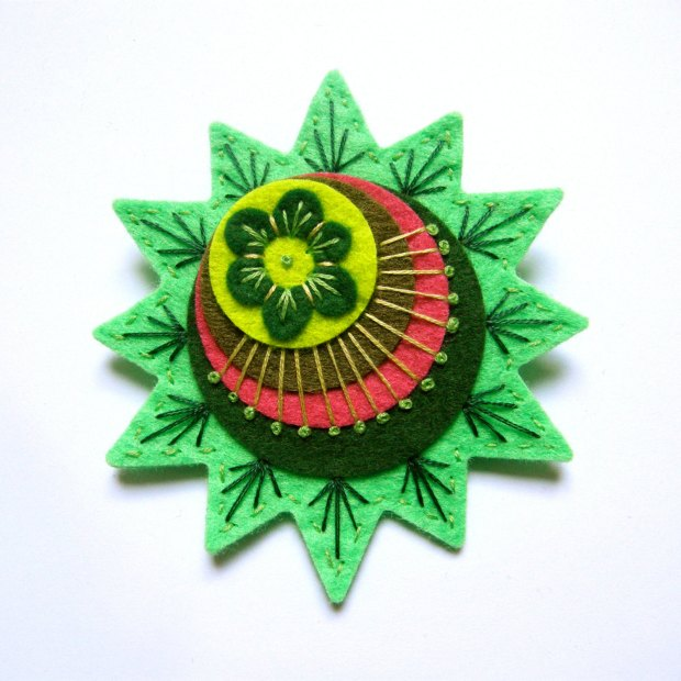 STARBURST felt brooch pin with freeform embroidery - scandinavian style