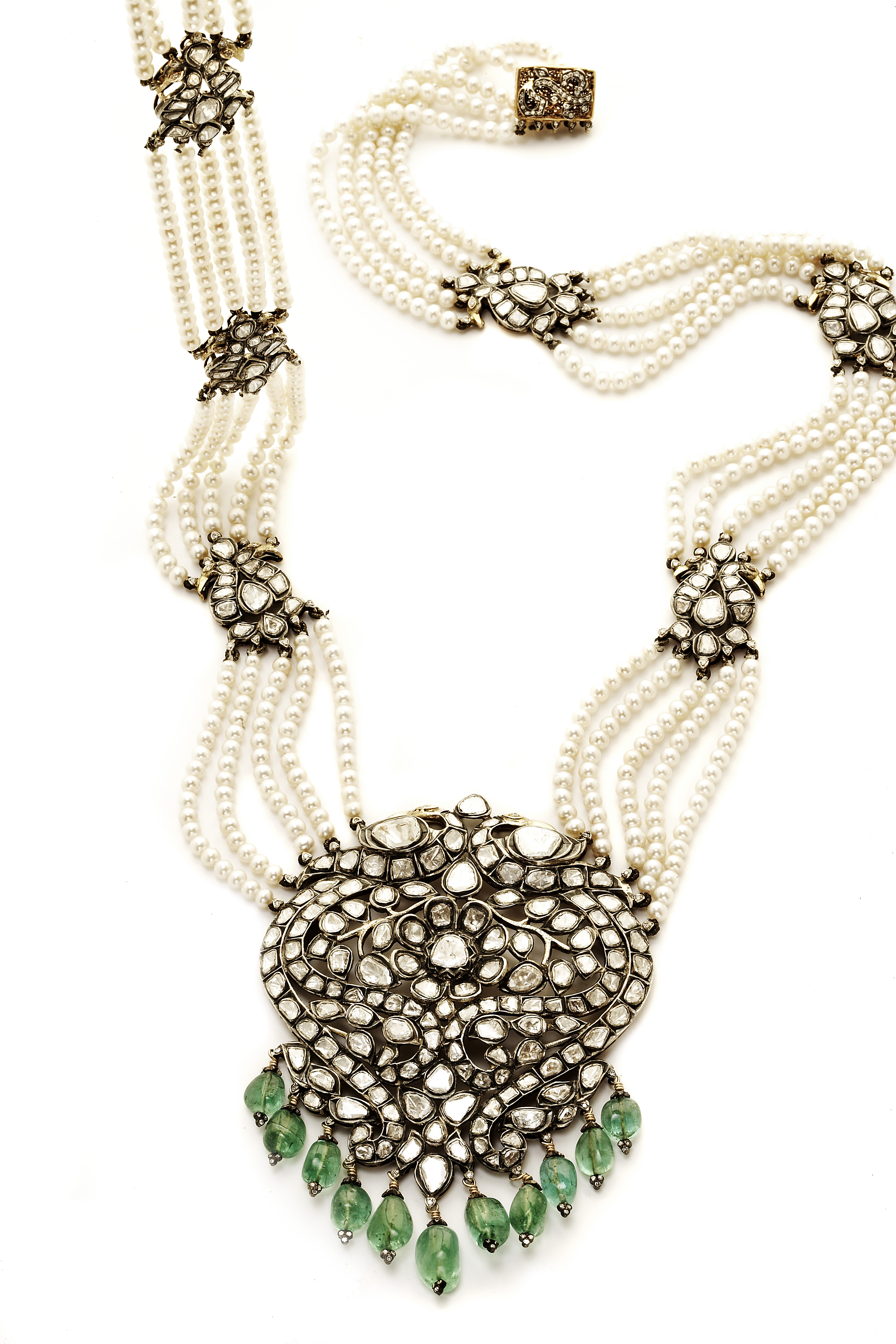 Amrapali She Is A Living Legend Aurumevecom 1 Set Perhiasan India The Method Believed To Have Originated In Royal Courts Of Rajasthan And Gujarat It Oldest Form Jewelry Made Worn